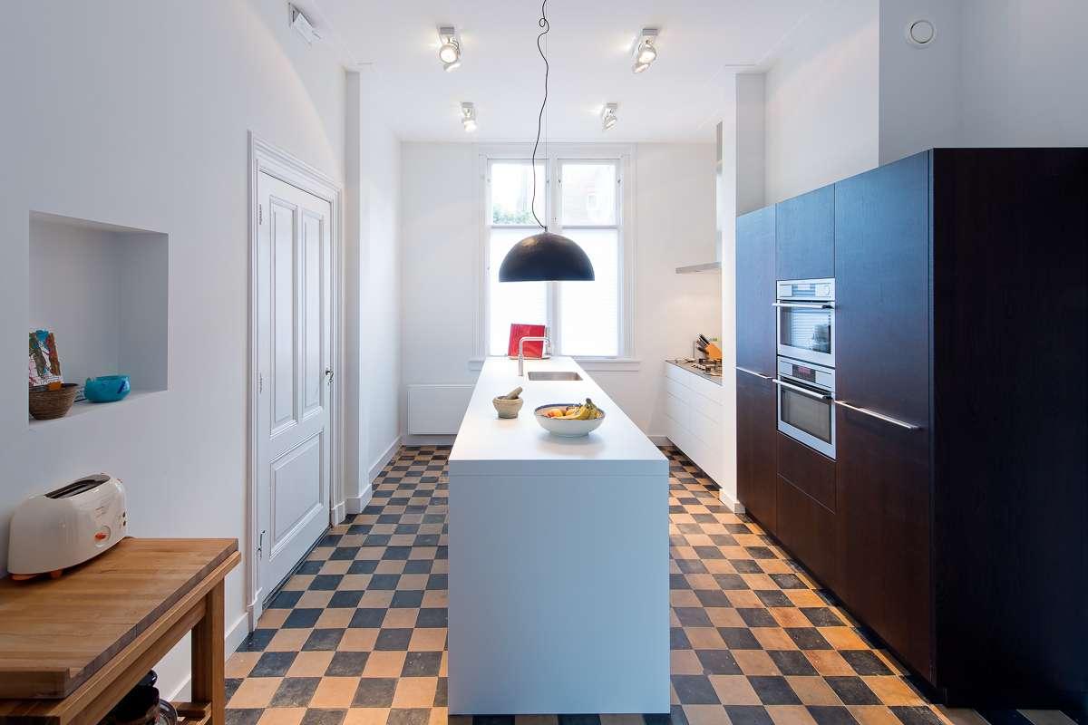 Moderne keuken in oud herenhuis in arnhem