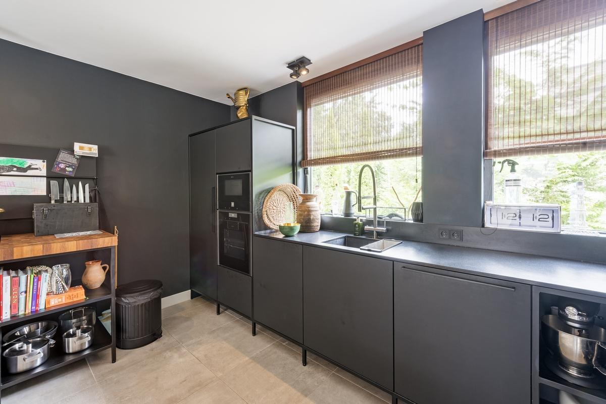 Moderne Keuken Uitgevoerd Met Een Stalen Framewerk In Apeldoorn Keukenmeyt